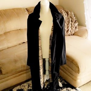 BURBERRY Authentic Long Black Coat
